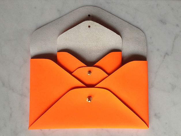 Neon envelope bags made from leather. Available at Heydays on Dawanda*