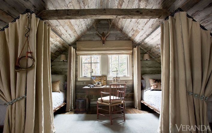 Mix and Chic: Home tour- A rustic and refined Tennessee log cabin! - Beautiful place, several pics :)