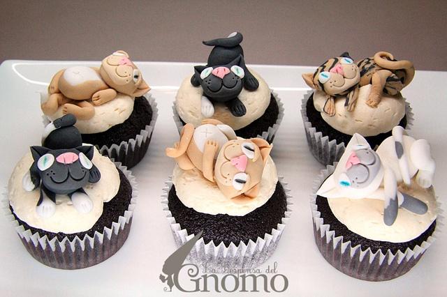 Cat Cupcakes - Soooo cute!