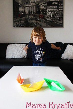 papierschiffe mit kindern falten