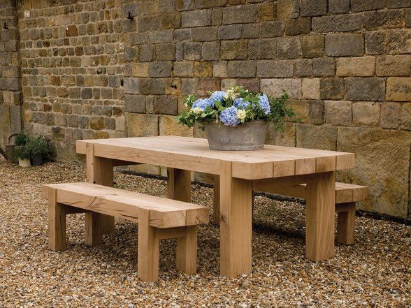 Our Oak Outdoor table is dressed with freshly cut English country garden blooms, we'd love to know what Al Fresco feast would you serve on it?