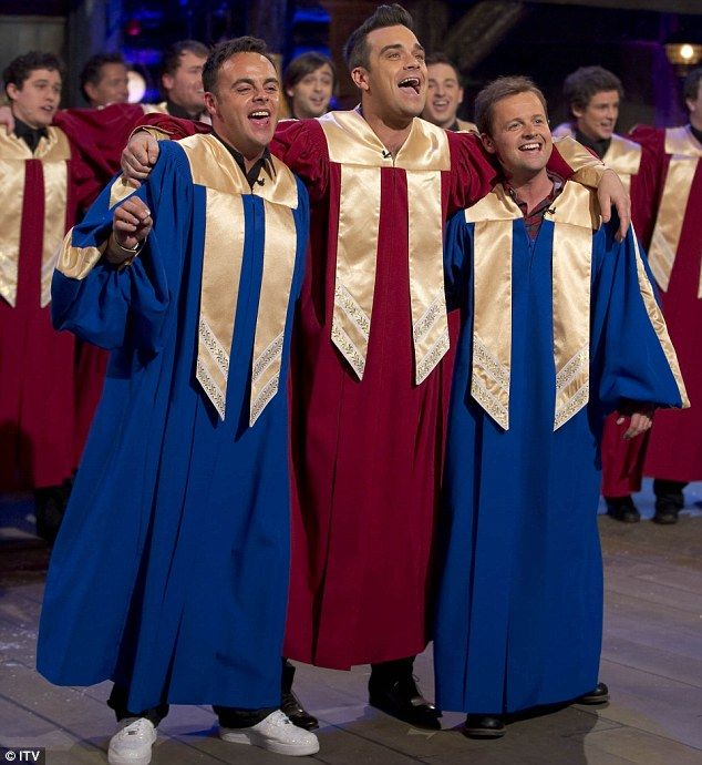 Robbie Williams joins Ant and Dec for their ITV Christmas Special. I loved this!