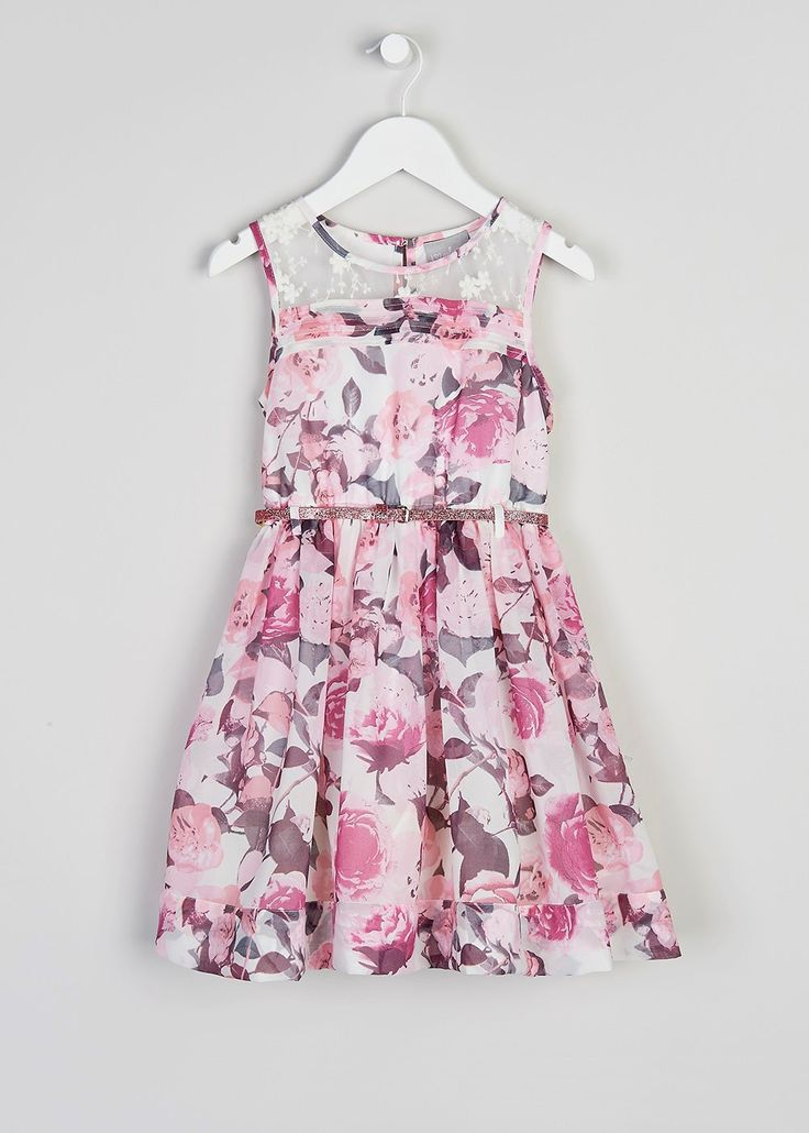 From girls party dresses and boys suits we've got the kids covered this party season. Shop our fantastic range of partywear. By browsing Matalan, you agree to our use of cookies.