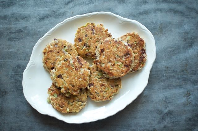 These look like the ones my family used to make with home-canned salmon my grandparents caught.  Salmon Cakes: Food in Jars