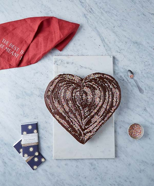 One bowl chocolate cake - no special tin required http://www.dunnesstores.com/chocolate-heart-cake/content/fcp-content