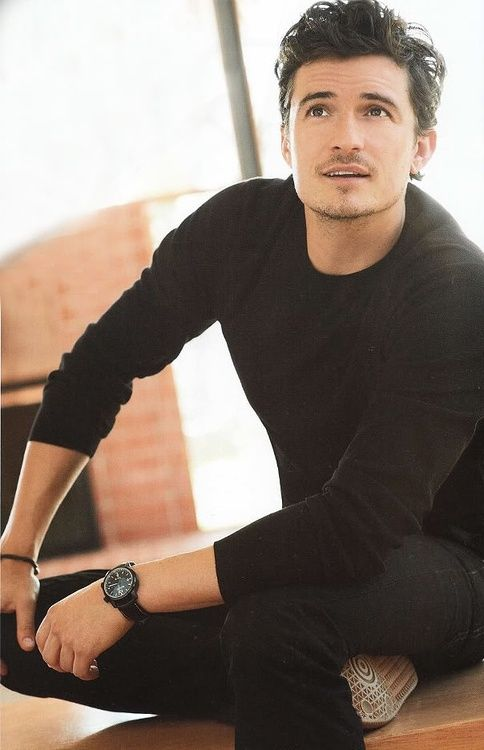 Orlando Bloom! OMG! Can someone please tell me why I have forgotten that this man existed. Such a babe!
