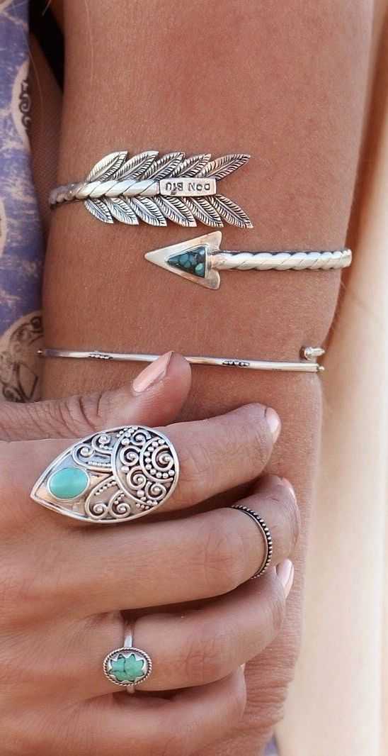 Style her pretty. Boho jewelry style♡ LOVE TURQUOISE!!! Click for this trending look! Visit us for more! StyleHerPretty.com