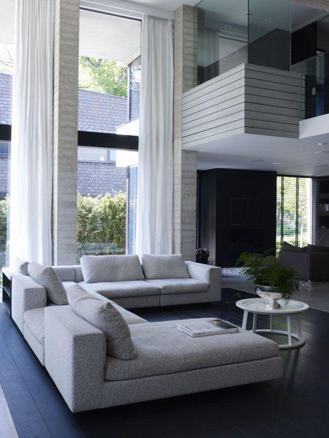 Modern interieur met beton