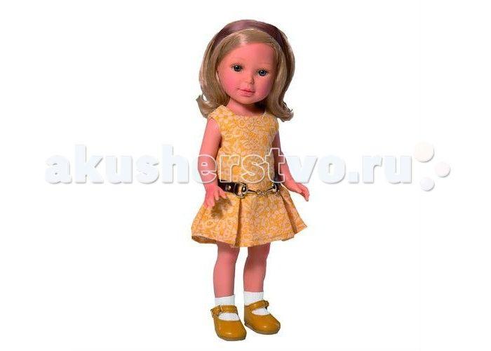 Vestida de Azul Паулина блондинка волна Лето Классика  Vestida de Azul Паулина блондинка волна Лето Классика  - эта элегантная красавица восхищает с первого взгляда своим милым и реалистичным личиком, стильной укладкой, а также изысканным нарядом в классическом стиле.  Особенности: Милая брюнетка Паулина в стильном наряде: платье приятного желтого цвета с расклешенной юбкой и горчичные туфли. Элегантный летний образ в классическом стиле поможет сформировать вкус ребенка У куклы очень…