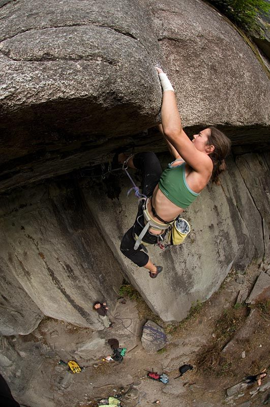 Jasmin Caton On Zombie Roof 5 12d Squamish Canada
