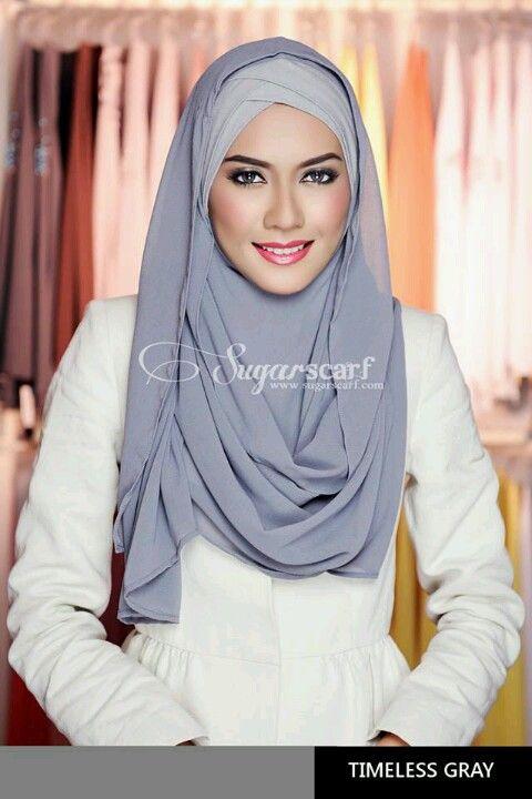Chic hijab from Sugarscarf.....