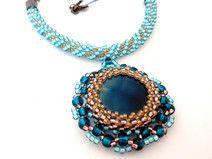 Naszyjnik z koralików, błękitny, złoty, wystawny Facebook: Cristallin sutasz i koraliki