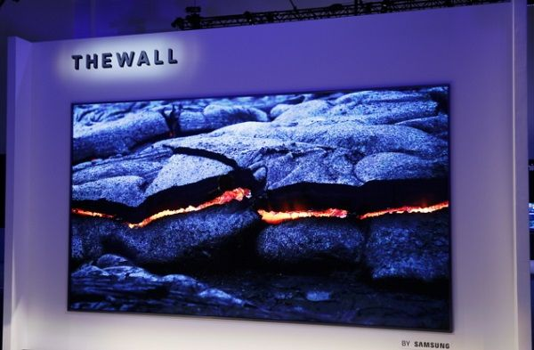 CES 2018: SAMSUNG unveils 'The Wall' World's first Modular MicroLED 146-inch TV - Video #AR #AugmentedReality #Gadgets #IoT #MR #MixedReality #Smartwatches #VR #VirtualReality #Wearables  #MyWindowsEden