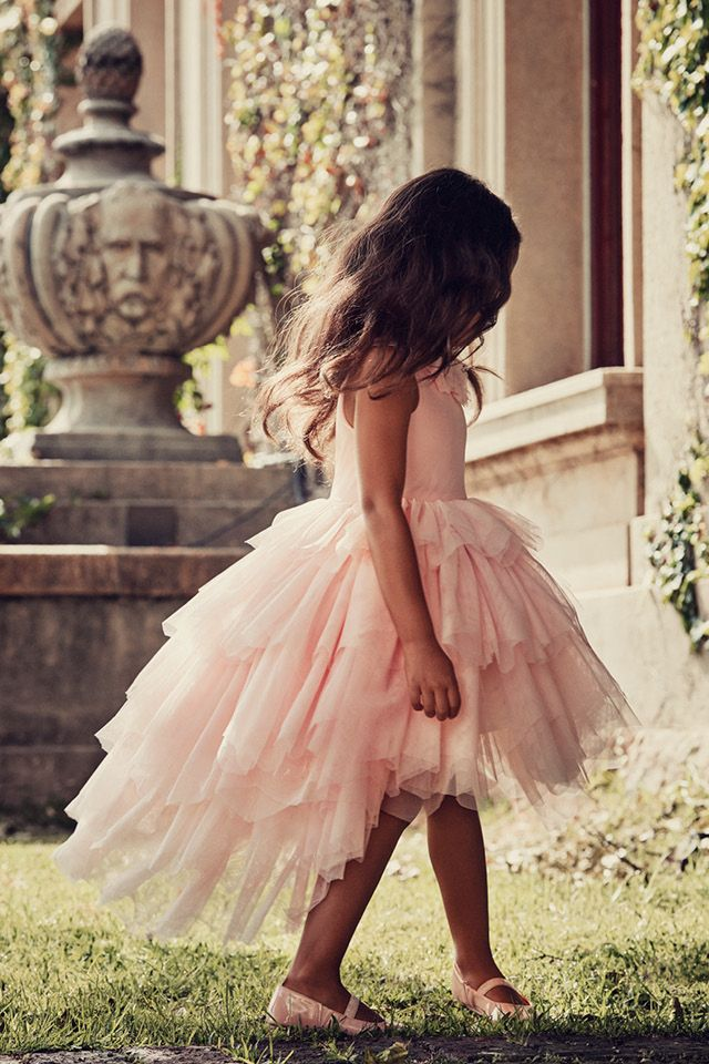 Style the kids for a photo session with our sweet secret garden looks. | H&M Kids
