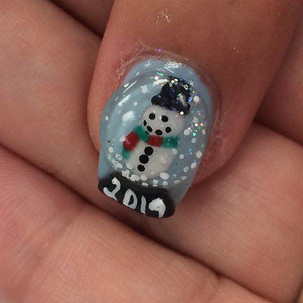 Pin for Later: 50 Christmas Nail Art Ideas For Festive Fingertips Snow Globe