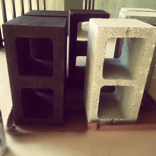 cement block with spray paint can make lots of useful things with. Black Bedroom Furniture Sets. Home Design Ideas