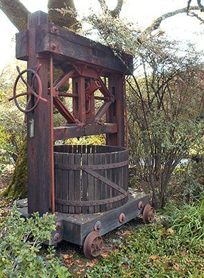 Antique Grape Press, Schramsberg Vineyards - a California Historical Landmark in Napa County | Noe Hill
