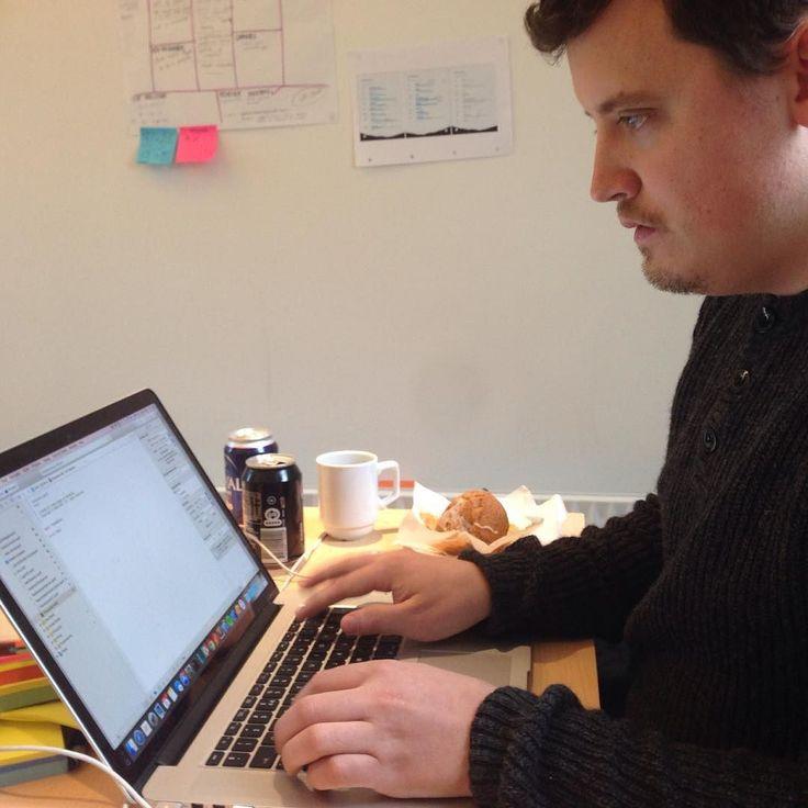 Our dev dude Tronde 'bleeding fingers' Hague hard at work. #cphsw