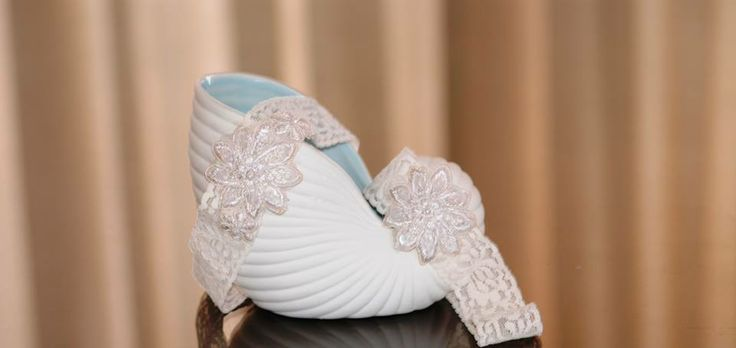 Garter set:  White stretchy lace with flower embellishment♥ louise@heavenlygarters.co.za
