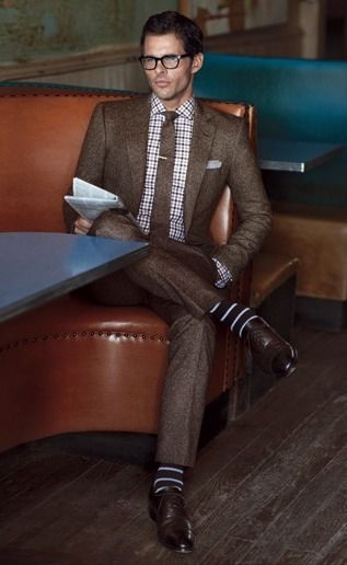 True sprezzatura style. http://www.moderngentlemanmagazine.com/the-art-of-sprezzatura-looking-good-without-trying-to-hard/