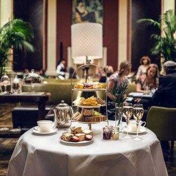 Bollinger Bar Edinburgh: Afternoon Tea at The Balmoral Hotel in Edinburgh