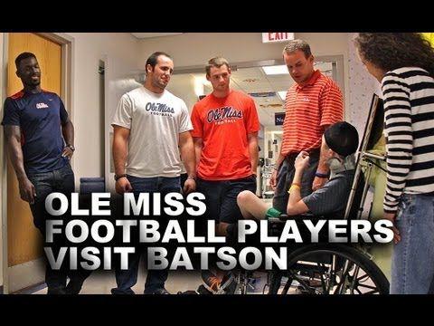 Ole Miss Football Players Visit Batson Children's Hospital | http://newsocracy.tv