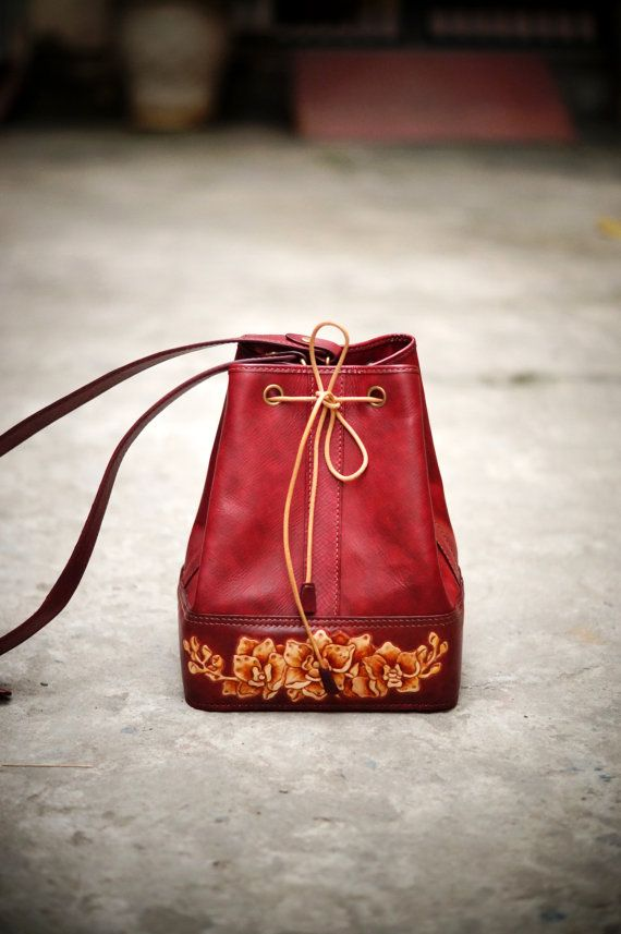 Bucket Bag  Burgundy by GMleathercraft on Etsy