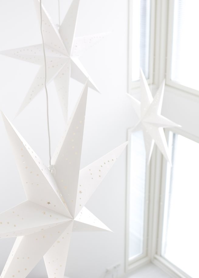 CHRISTMAS | STARS | WHITE | BLACK | NEW YEAR | PIN | DIY