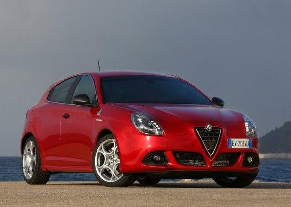 2014 Alfa Romeo Giulietta Quadrifoglio Verde Reds exterior