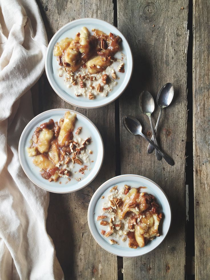 CREAMY ALMOND MILK OATMEAL with CARAMELIZED BANANAS & PECANS
