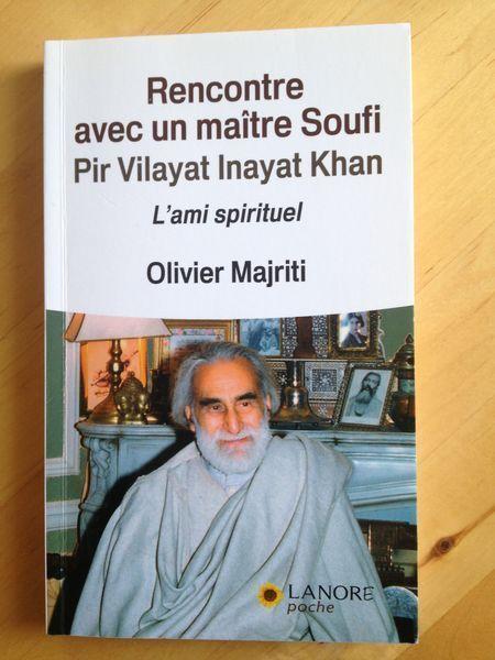 #spiritualité #religion : Rencontre Avec Un Maître Soufi - L'ami Spirituel - Olivier Majriti. Pir Vilayat Inayat Khan est un maître Soufi connu dans le monde entier. Né à Londres en 1916, il a vécu en France et aux États-Unis ; il décède à Paris en 2004, à l'âge de 88 ans et se fait enterrer en Inde. Grand voyageur, il n'hésita pas à aller au contact et à la source de toutes les traditions religieuses. Son enseignement est à la croisée de l'Islam, du Bouddhisme, du Christianisme, du yoga et…