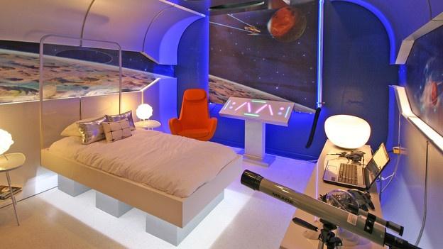 Dormitorio nave espacial dormitorio galactico extreme for Extreme makeover bedroom ideas