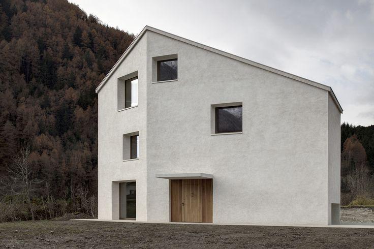 Casa em Mill Creek, Bolzano, Italy / Pedevilla Architects.