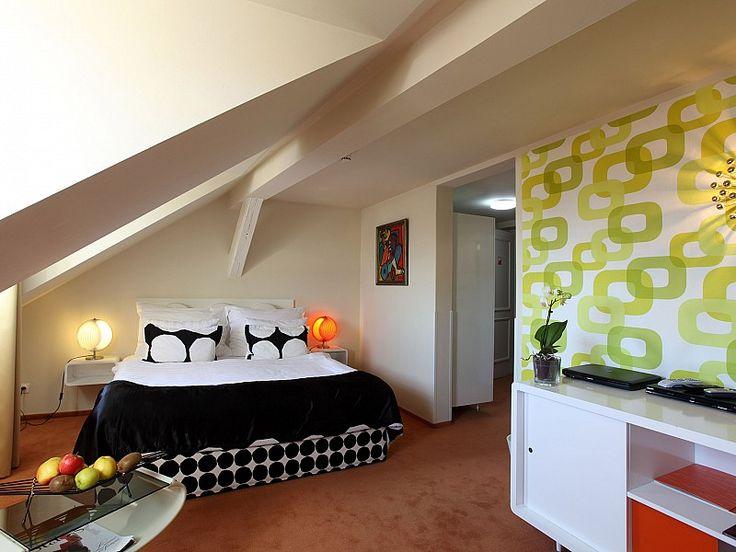 Rooms: Top View room
