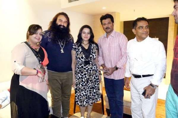 Image result for ram rahim with shilpa shetty in 2019