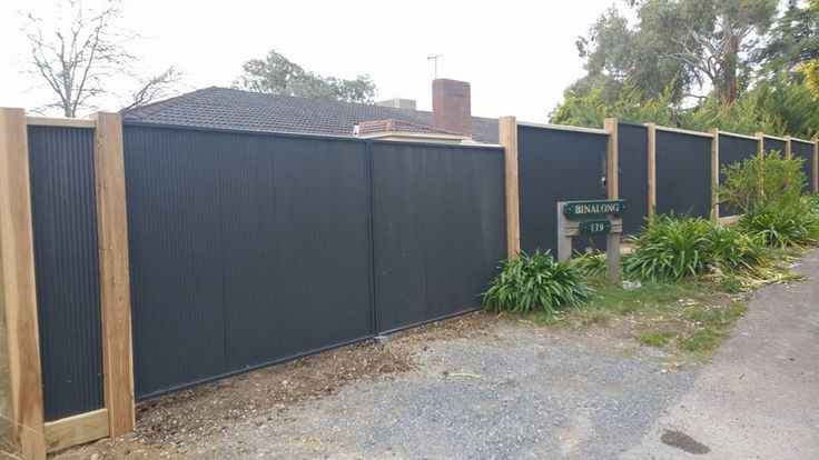 Kontis Fencing & Automatic Gates is a leading Melbourne Fencing Company with emphasis on superior quality workmanship and experienced tradesmen.  #FencingMelbourne #AutomaticSlidingGatesMelbourne #RemoteGatesMelbourne