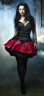 Heavy Metal: Moda Feminina Amy Lee