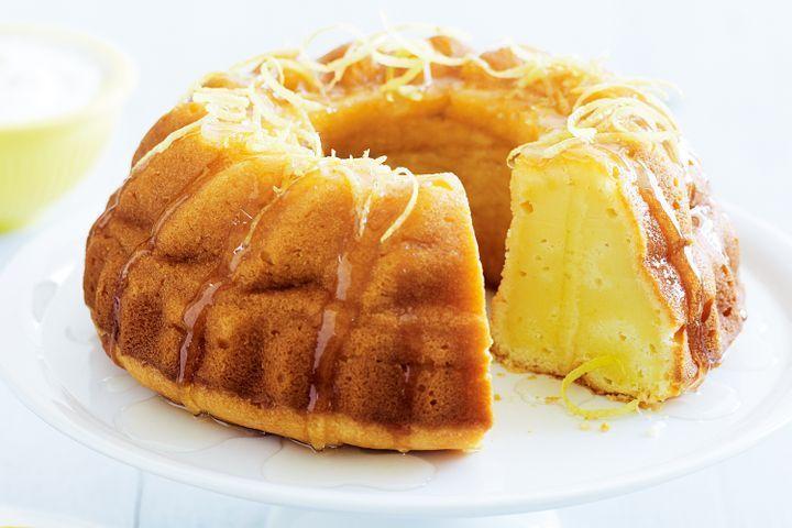 Lemon yoghurt syrup cake
