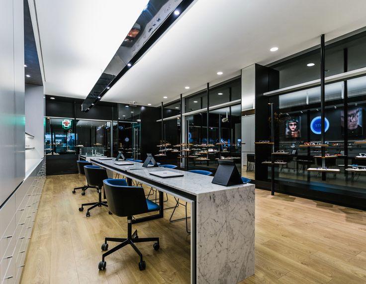 XYZ Arquitectos Associados - Óptica Médica Rogério - Marco de Canaveses - Portugal - interior design - optical store