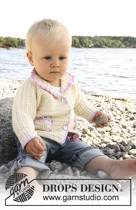 Sophie by the Sea / DROPS Baby 20-17 - Virkad kofta med fickor till baby och barn i DROPS Merino Extra Fine.