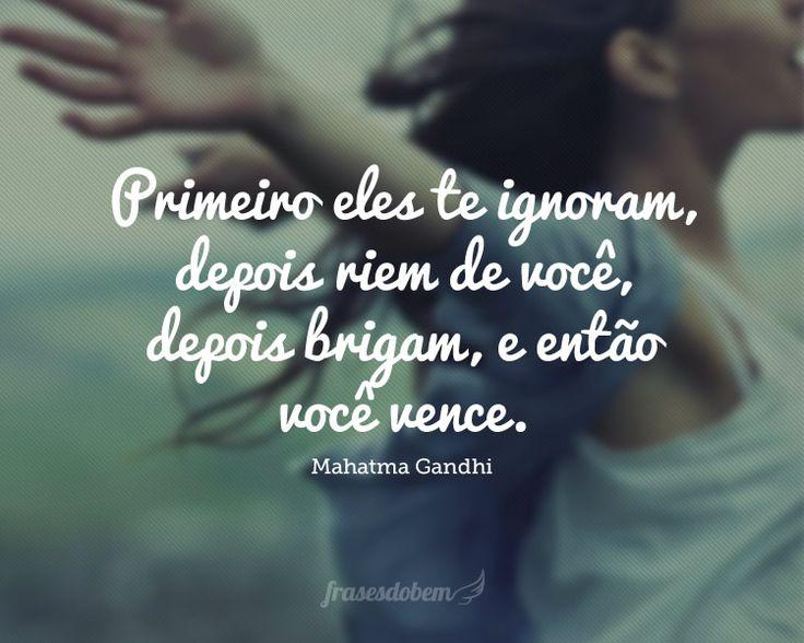 Confira uma coletânea de frases de Mahatma Gandhi no Frases do Bem. Frases com imagens originais para copiar e compartilhar.