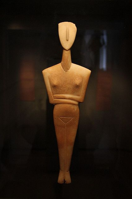 Classic Cycladic figures at Museum of Cycladic Art - Inspiration for all design…