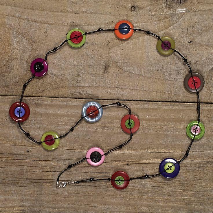 Multicoloured long button necklace                                                                                                                                                                                 Mais