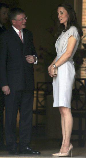 Figura księżnej Kate od lat jest jednym z tematów numer jeden zagranicznych mediów. Dziennikarze co rusz zastanawiają się, czy ulubienica Brytyjczyków cierpi na anoreksję albo inne zaburzenia odżywiania. Okazuje się, że Kate bardzo dba o sylwetkę i regularnie ćwiczy na siłowni.