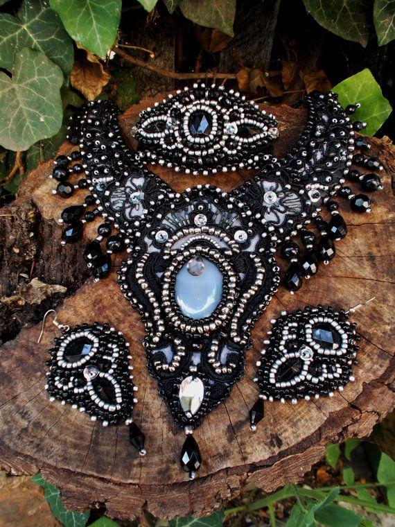 Siècle des Lumières Unique #ethnic #bohimian #hippie #jewelry #Bridgeport #Durham #SanJose #newyork #washington #boston #hartford   handmade bead by AniDandelion on Etsy