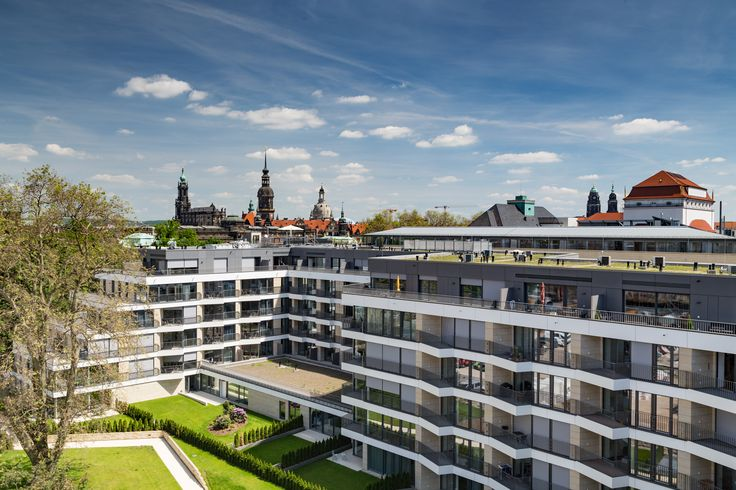 Have a look at the new spring photos of our completed project of rental apartments in the center of Dresden - Residenz am Zwinger. Take advantage of short-term rentals and take a trip to Saxony - you will not regret it. http://www.residenz-am-zwinger.de/