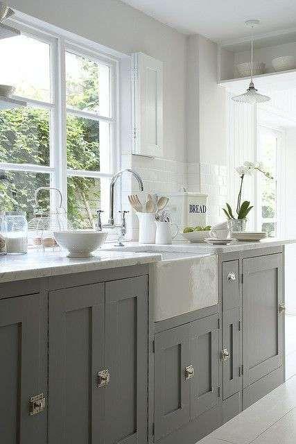 Idee colore pareti cucina - Pareti grigio chiaro