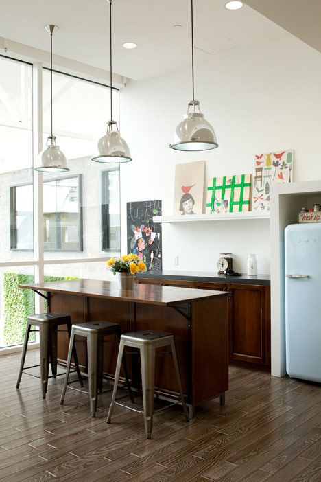 Nice kitchen bar and fun origin: Airbnb's San Francisco headquarters features rooms modelled on real apartments