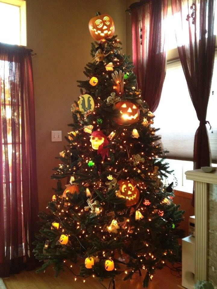 190 best halloween trees and ornaments images on pinterest