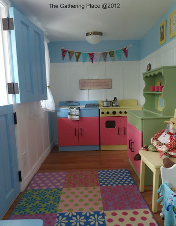 playhouse decor idea..the walls and colors